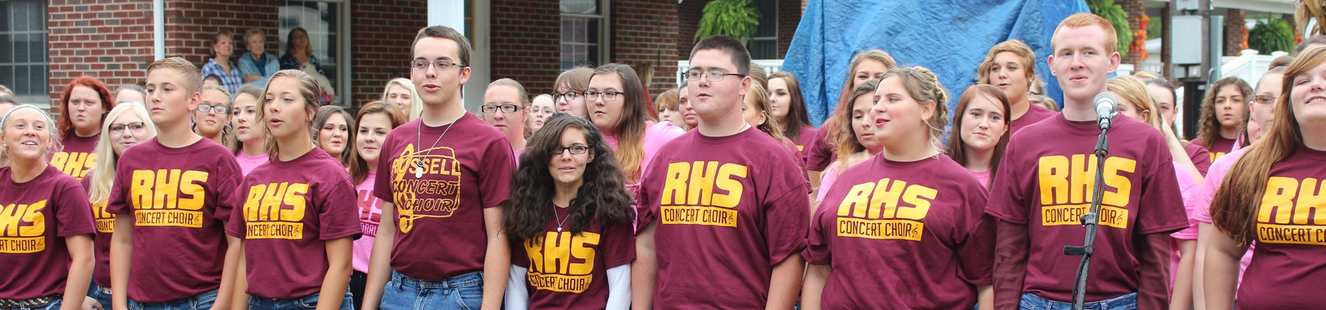 Choir performs at Greenup Old Fashion Days