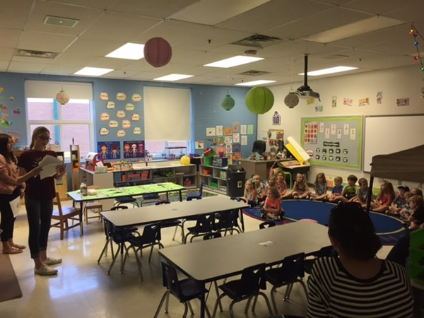 Erica Bergmann's 7th graders visited the preschool  and read